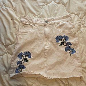 Streetwear Society size medium white jean skirt.